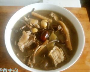 茶树菇炖老母鸡