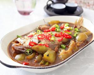 黄花鱼炖茄子