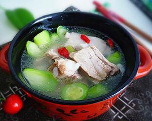 丝瓜排骨汤
