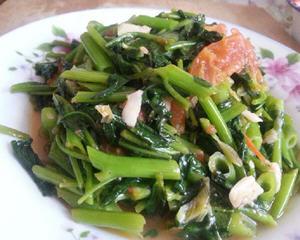 西红柿炒空心菜