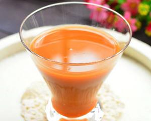 胡萝卜苦瓜汁(消暑降火)