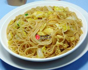 鸡蛋娃娃菜炒米线