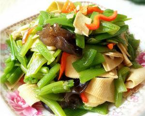 蚝油豆皮瓜茎