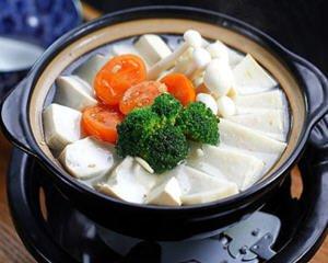 鱼糕豆腐锅