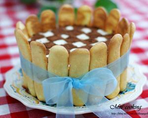 棋格提拉米苏生日蛋糕