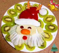 圣诞老人水果拼盘的做法步骤3