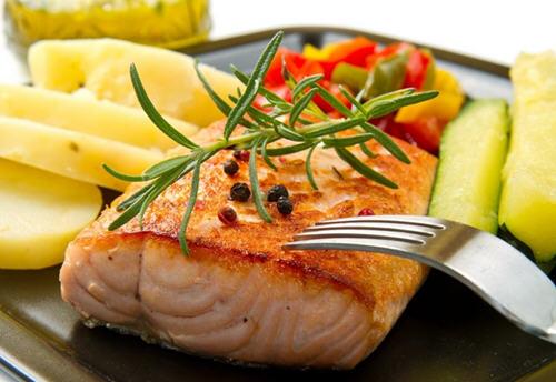吃鱼的好处,吃鲭鱼、鲑鱼竟能瘦身