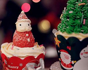 圣诞主题杯子蛋糕