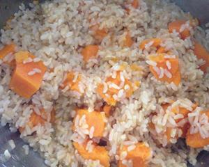 养生地瓜糙米饭
