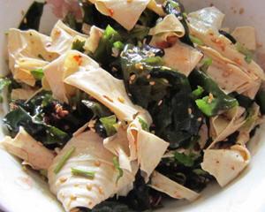 凉拌螺旋藻豆腐皮