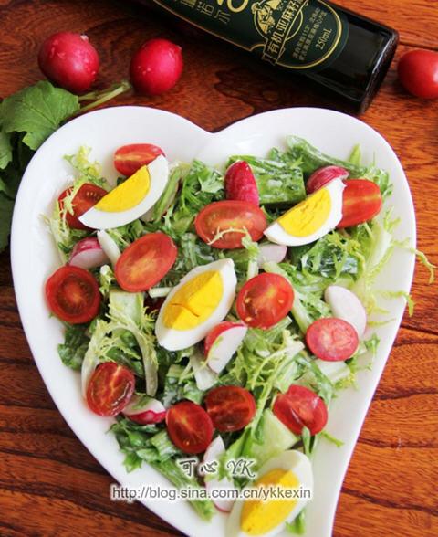 清爽的蔬菜沙拉