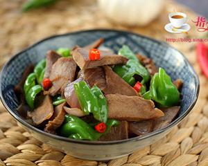 青椒洋葱炒口条(猪舌头)