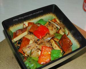 香干回锅肉的家常做法