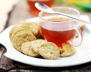 无糖的红茶薄脆饼