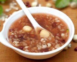 薏米红豆莲子粥(月经期养生)