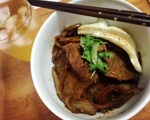 姜烧牛肉盖饭