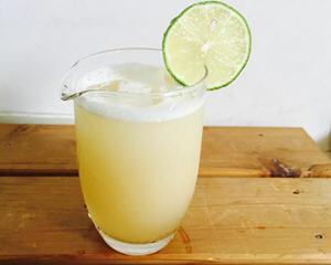 柠檬蜂蜜姜汁冻饮