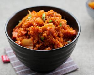 辣椒酱泡菜炒饭