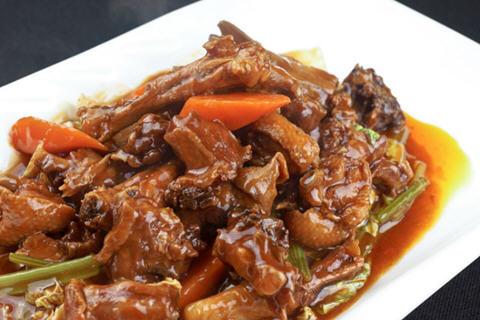 鸭肉和胡萝卜可以一起吃吗