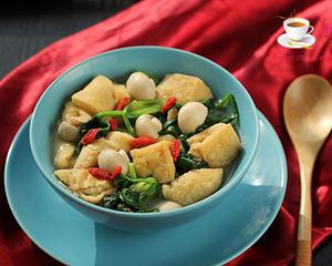 菠菜口蘑烩豆腐泡