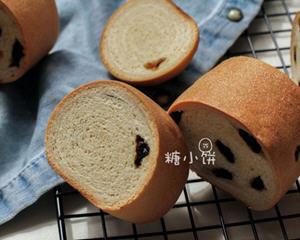 葡萄干木材面包(圣诞节面包)