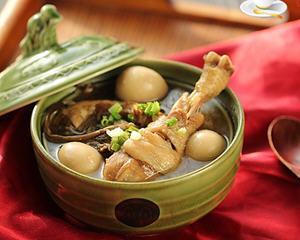 茶树菇鹌鹑蛋土鸡汤