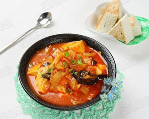 黑木耳豆腐泡菜锅