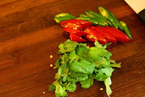 香辣红烧做法的牛尾_图解香辣红烧牛尾做清华西门家常菜图片