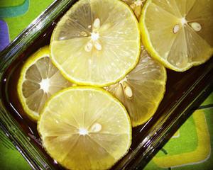 防感冒的蜂蜜柠檬