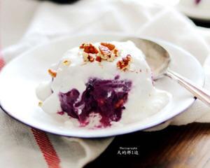 酸奶盖浇能量紫薯泥