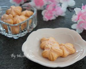 樱花形状的小饼干