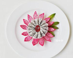快手打造清雅的火龙果莲花(排毒,解毒的功效)