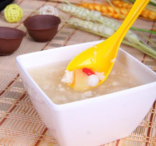吃了阿莫西林能吃米酒煮汤圆吗?
