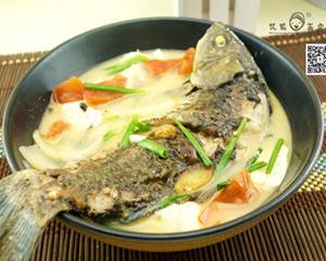 番茄鲫鱼豆腐汤