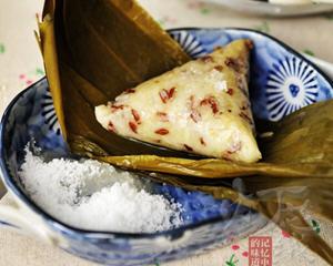 白米红枣三角粽子