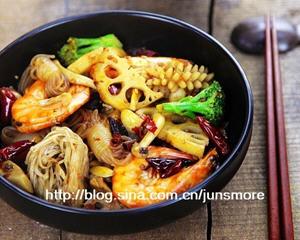 麻辣香锅电火锅版的做法_图解用电火锅怎么做好吃的麻辣香锅