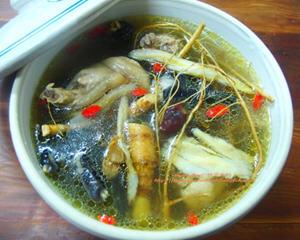 九尾草鸡汤