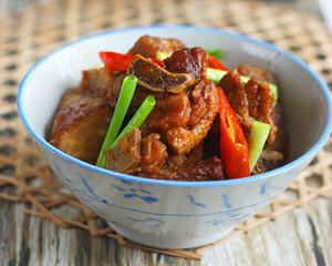 砂锅香芋焖鸭