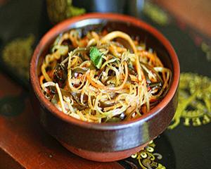 海带莴苣拌胡萝卜
