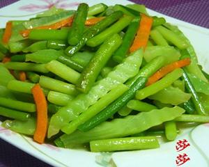 蒜苗炒莴苣