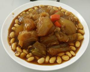黄豆炖牛筋