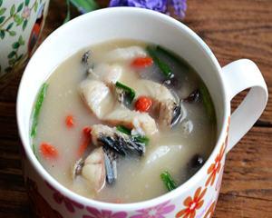 香菇山药炖黑鱼汤