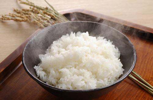 减肥吃馒头还是米饭图片