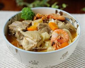 姜麻香辣鸡汤的做法_图解好喝的姜麻香辣鸡汤怎么煮