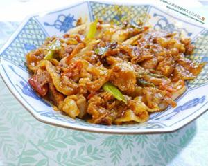 韩式泡菜炒猪肉的做法_图解韩式泡菜炒猪肉怎么做好吃