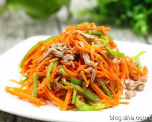红萝卜青椒炒肉丝的做法_红萝卜青椒炒肉丝制作方法图解