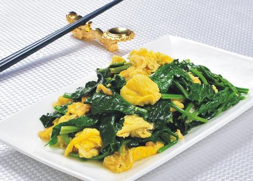 菠菜炒鸡蛋有毒吗?无毒可放心食用