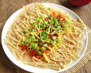 剁椒金针菇蒸粉丝