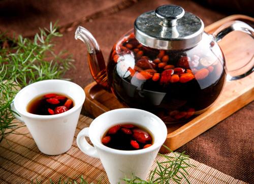 枸杞红枣茶男人能喝吗?男人喝红枣枸杞茶有什么好处