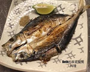 日式竹荚鱼一夜干的做法_图解日本竹荚鱼一夜干怎么腌制